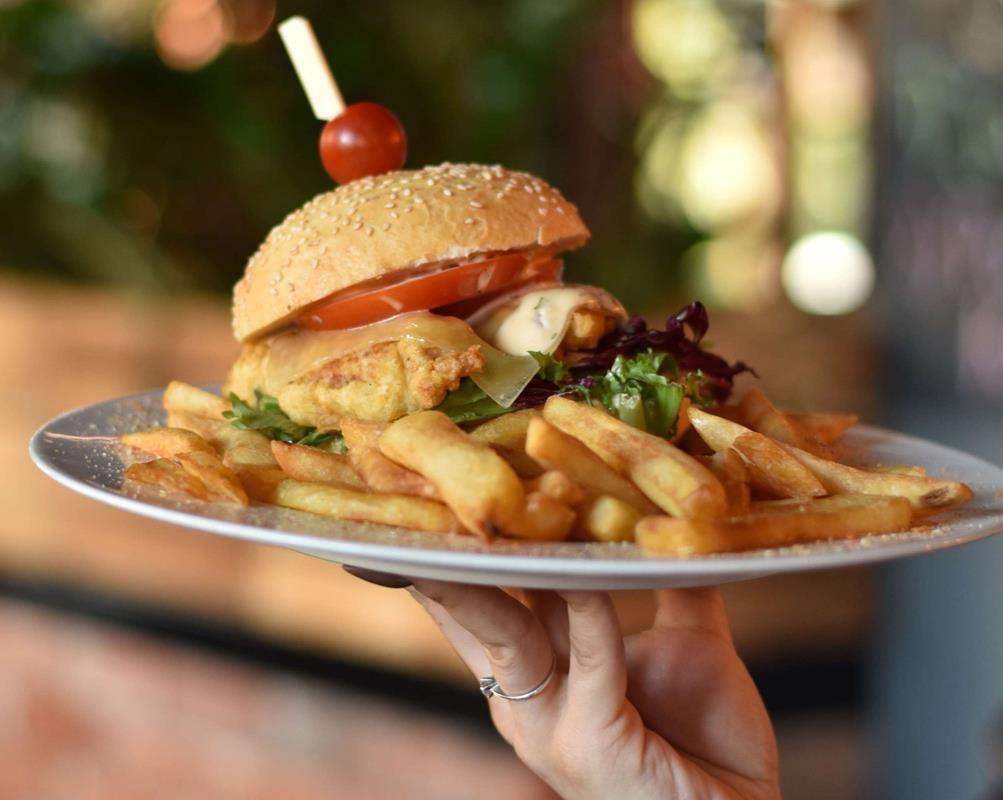 Gdzie dobrze zjeść w Legnicy?